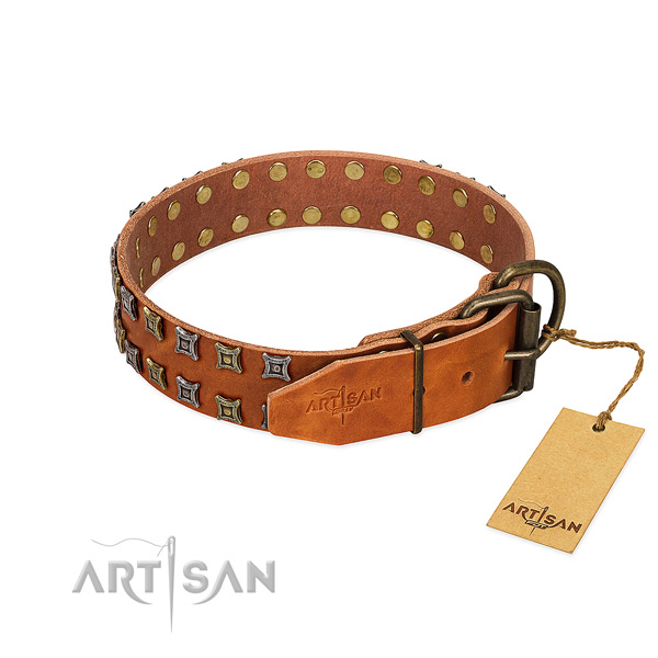 Top rate natural leather dog collar made for your pet