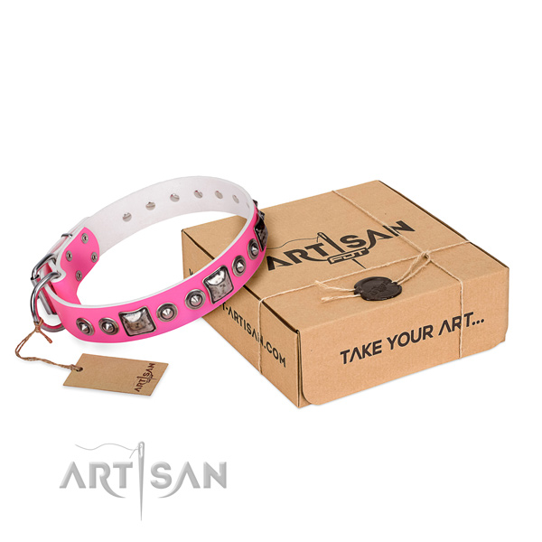 Top rate leather dog collar handmade for easy wearing