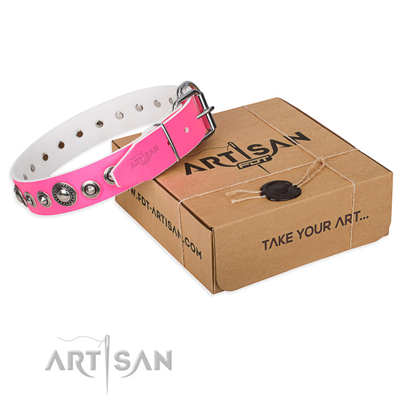 Natural genuine leather dog collar made of quality material with reliable D-ring